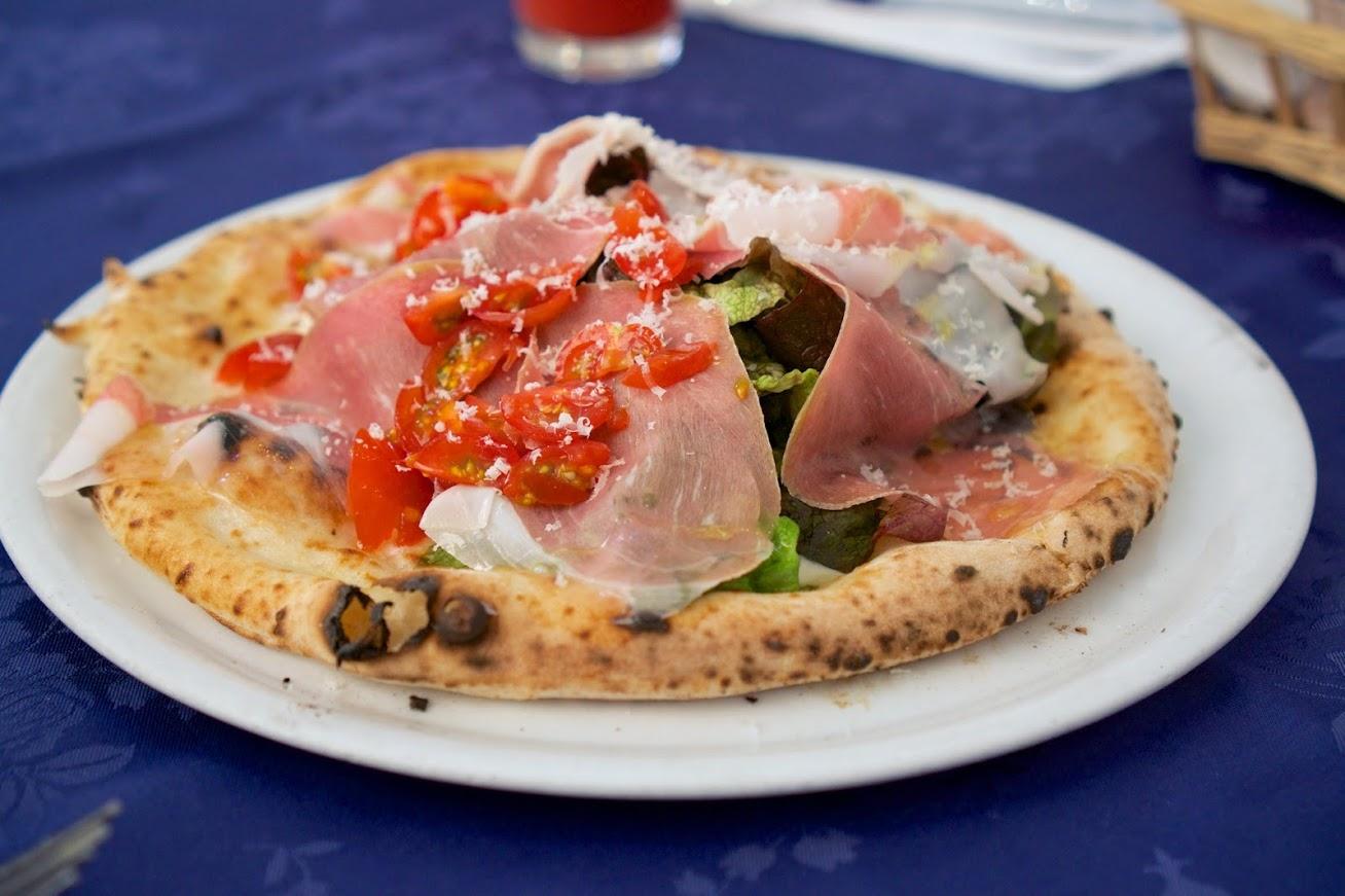 ピッツェリア エ トラットリア・チェルボ(pizzeria e trattoria cervo)恵庭市